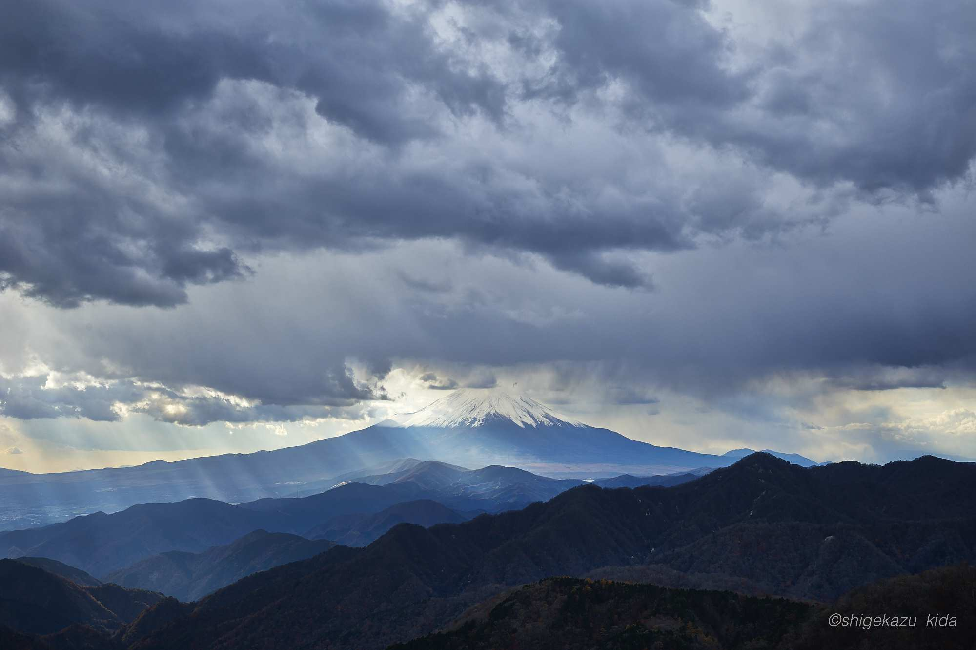 丹沢塔ノ岳からの富士山
