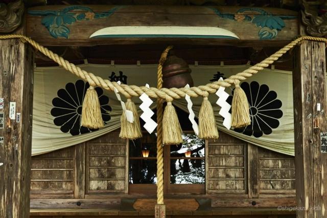妙義山の中之岳神社