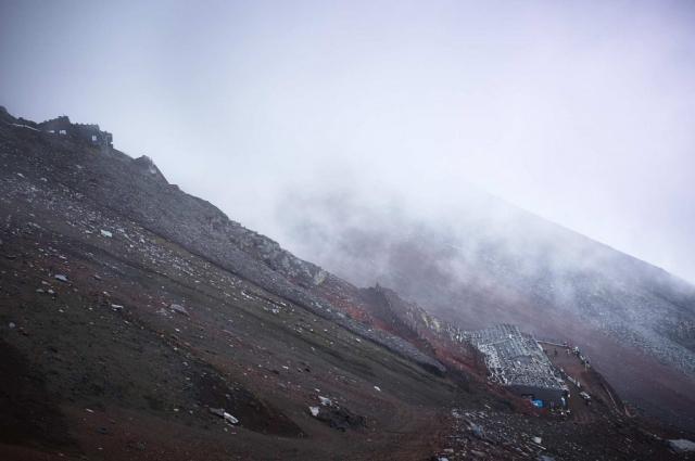 富士山の登山道からの景色
