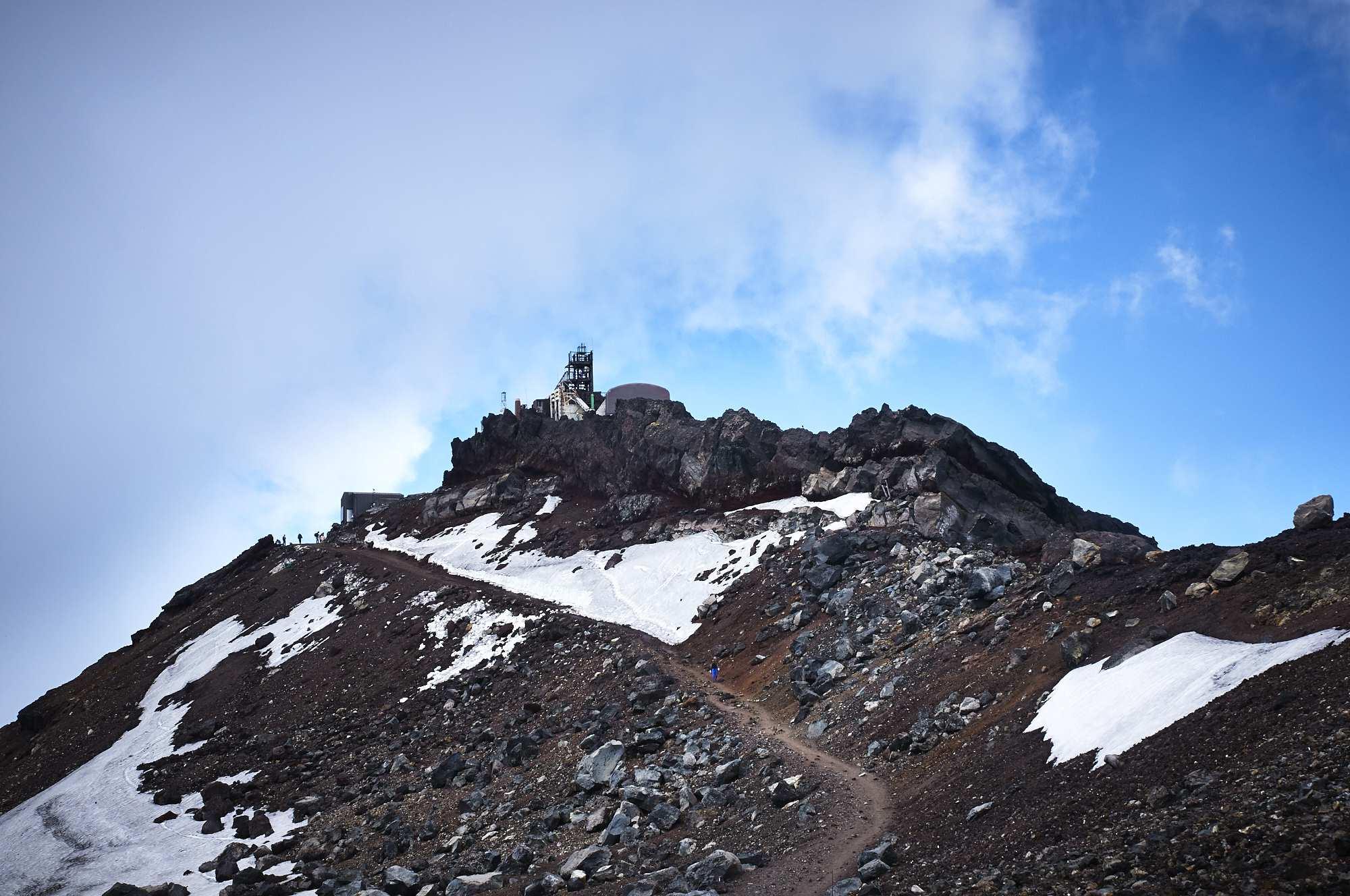 富士山の山頂