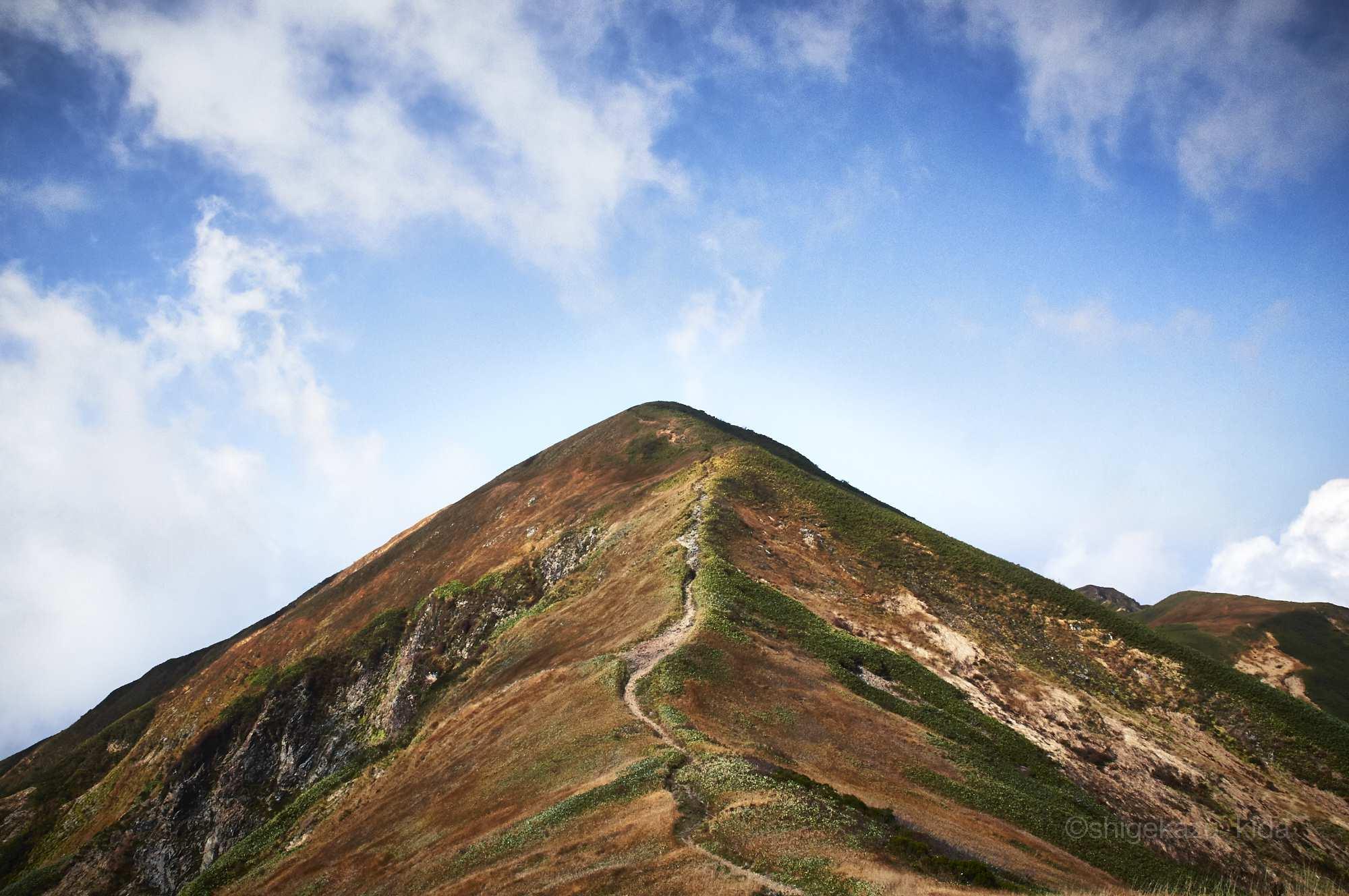 巻機山の割引岳