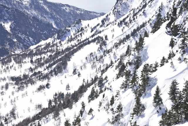 雪の浅間山山頂