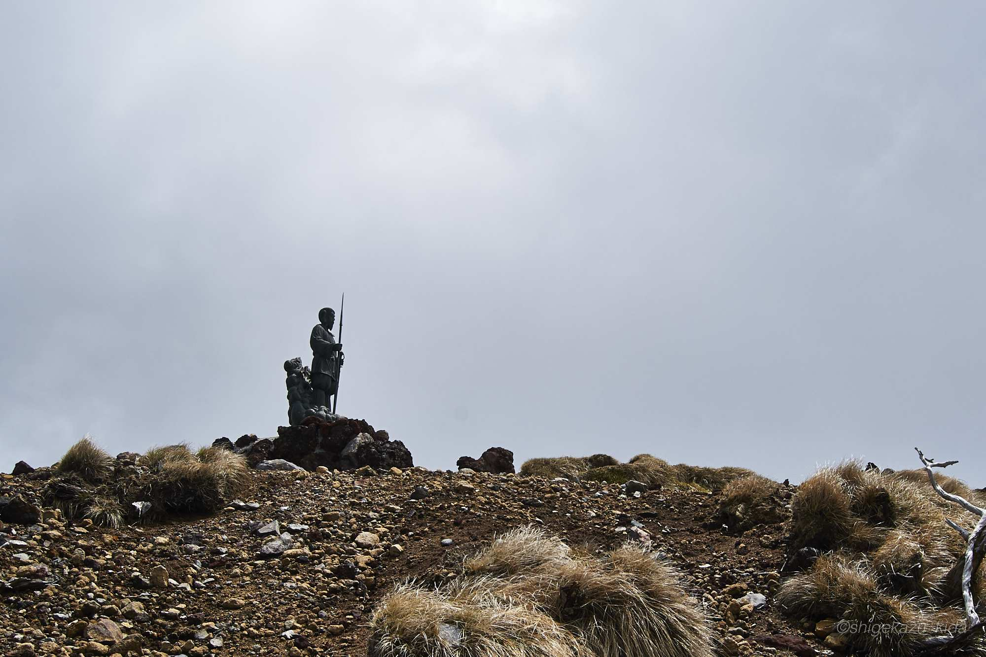 男体山山頂の二荒山大神