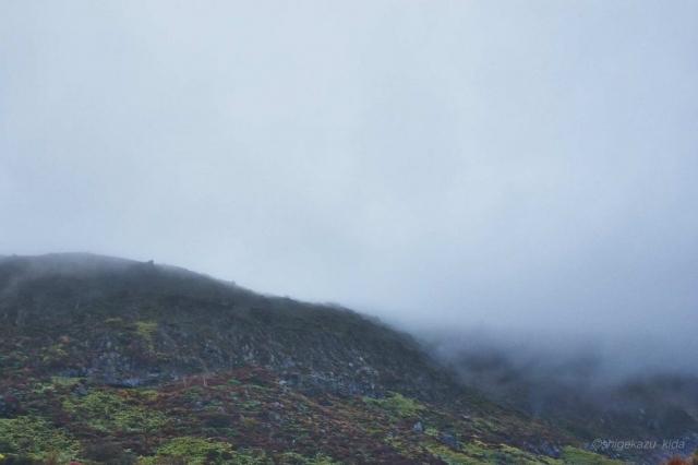 雨の那須岳の茶臼岳