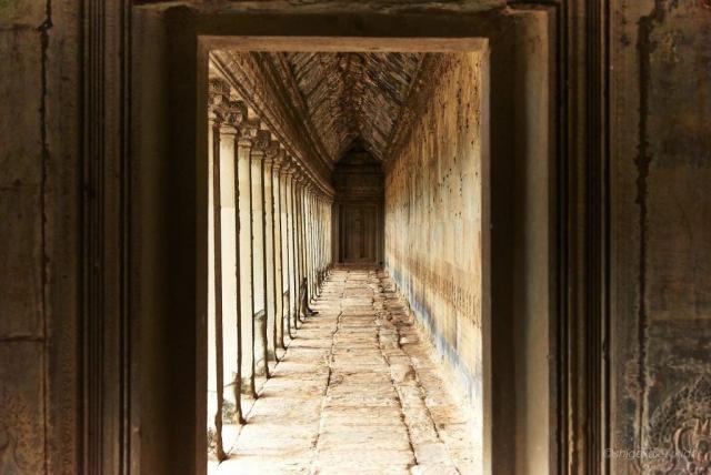 Angkor(アンコール)遺跡群にあるAngkorWat(アンコール・ワット)の回廊