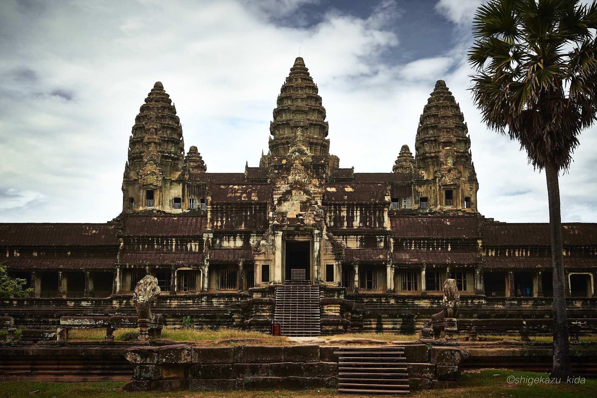 Angkor(アンコール)遺跡群にあるAngkorWat(アンコール・ワット)の祠堂
