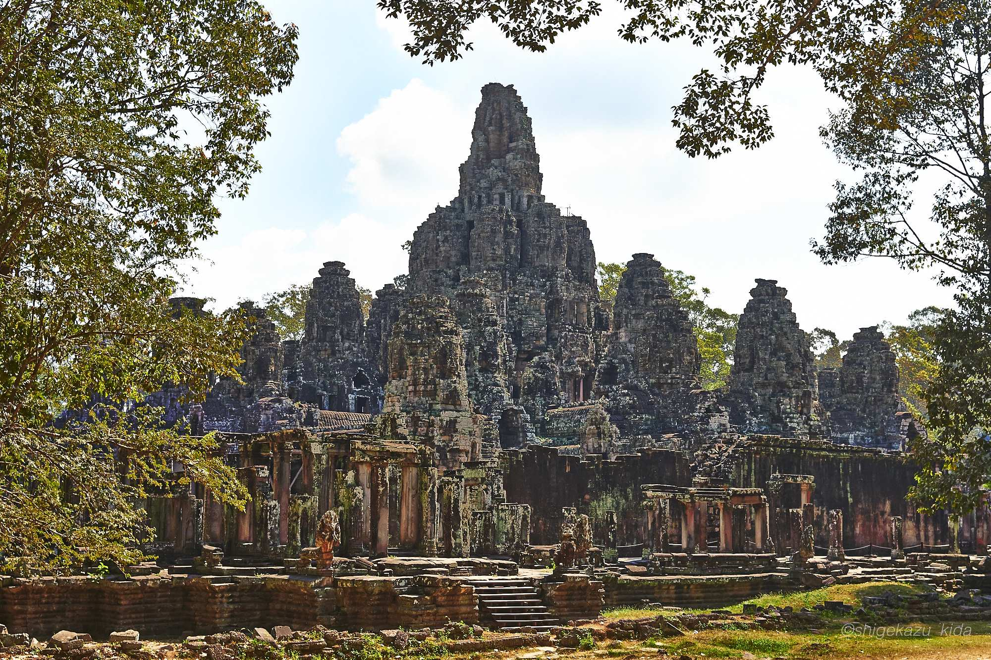 Angkor(アンコール)遺跡群にあるAngkorThom(アンコール・トム)のBayon(バイヨン)